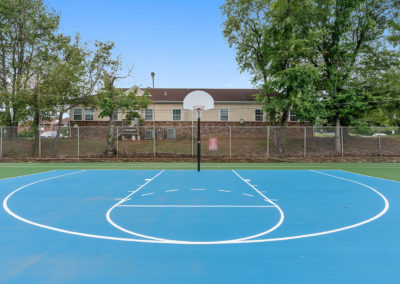 Basketball court at Creekside Apartments